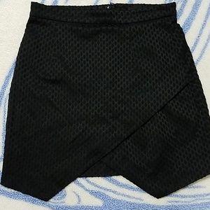H&M asymmetrical black skirt